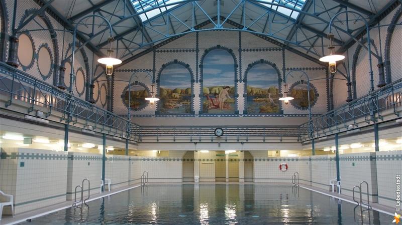 schwimmbad_charlottenburg_hauptstadtmutti